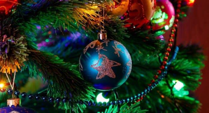 Astuces pour fabriquer un sapin de Noël écologique