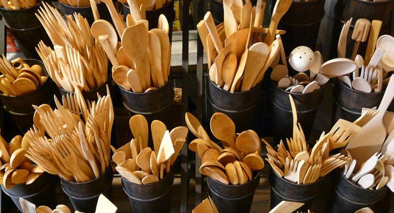 Métiers de bouche : optez pour la vaisselle jetable biodégradable