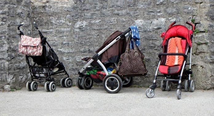 Comment bien choisir une poussette-canne pour son enfant?